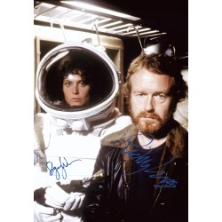 Elton John Autograph Signed Photo